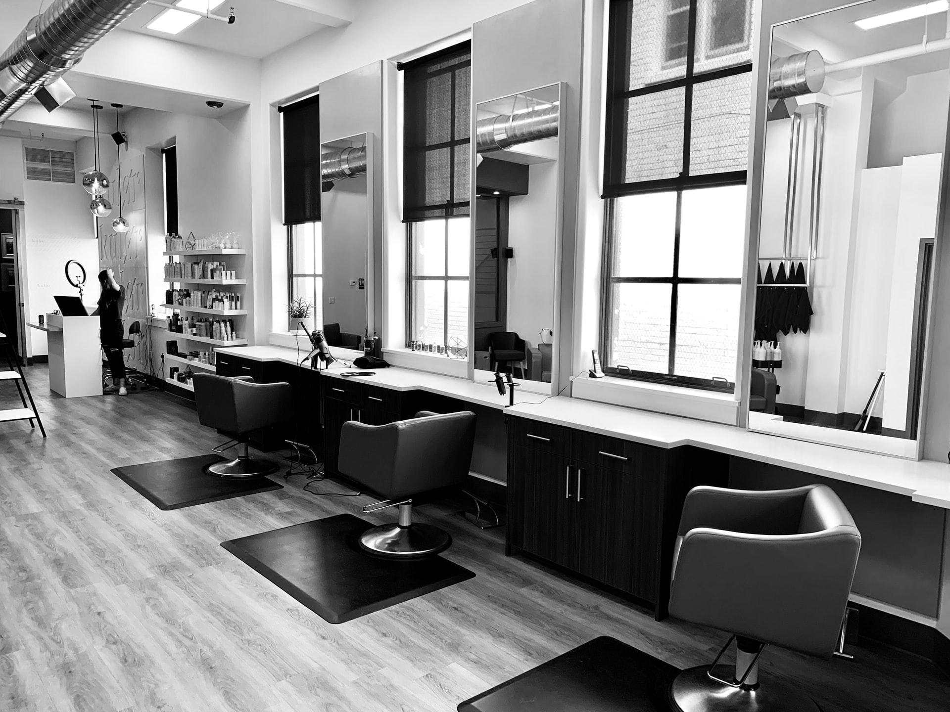 aprire un salone parrucchiere